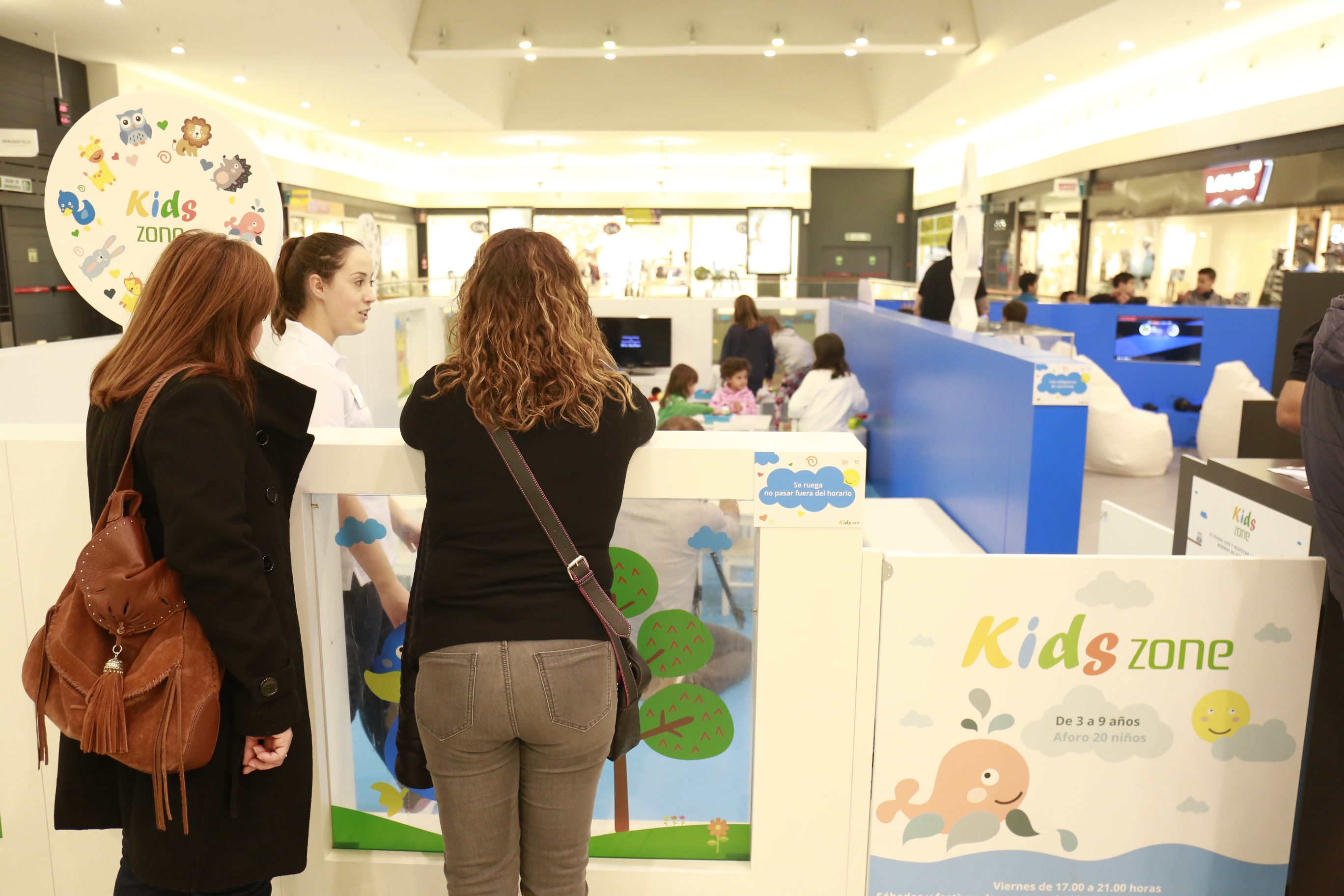 Kids Zone Portal de la Marina2