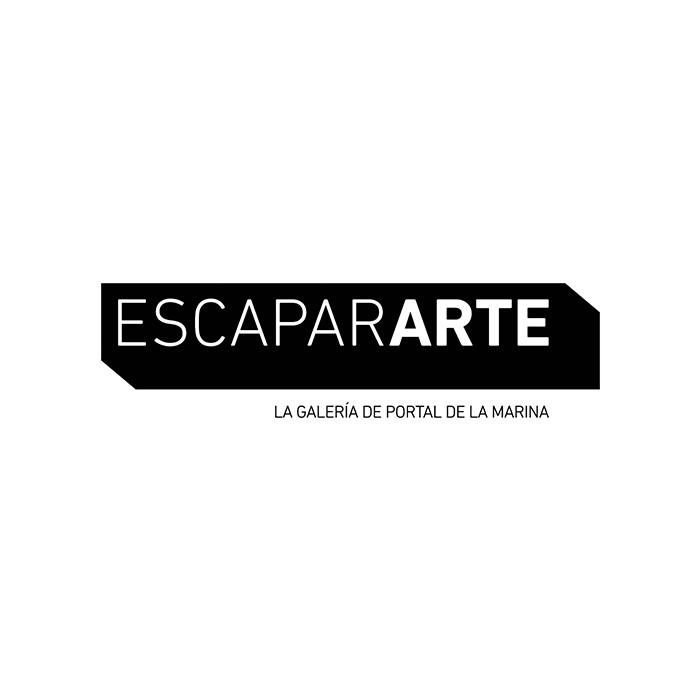 Portal de la Marina convierte sus escaparates en una galería de arte para artistas locales